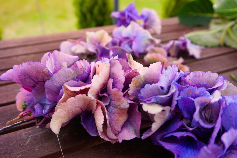 DIY Willkommensschild – ein Blütentraum vor der Haustür
