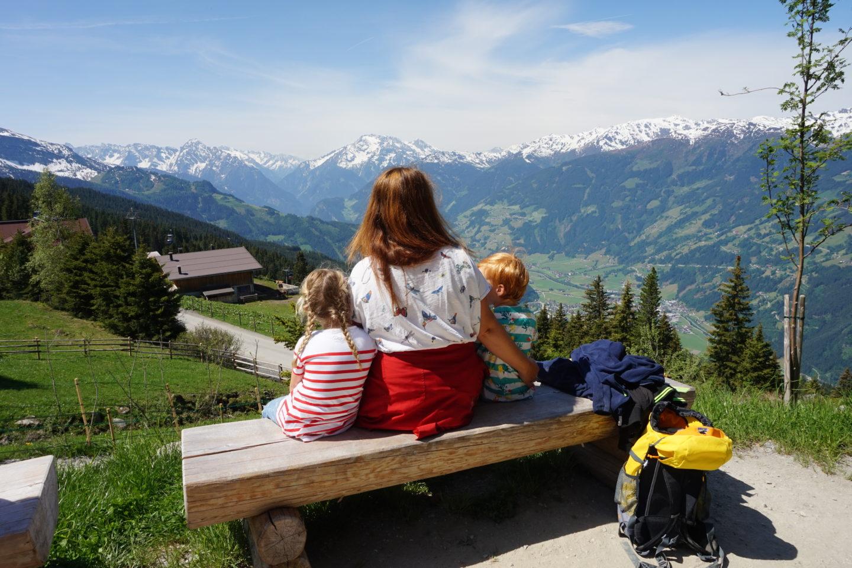 Chalet E – Urlaub in den Bergen